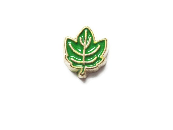 green oak leaf canadian floating charm by anajewelrysupplies