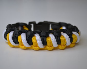 Custom Bracelet - 550 Paracord Striped Half Hitch Weave