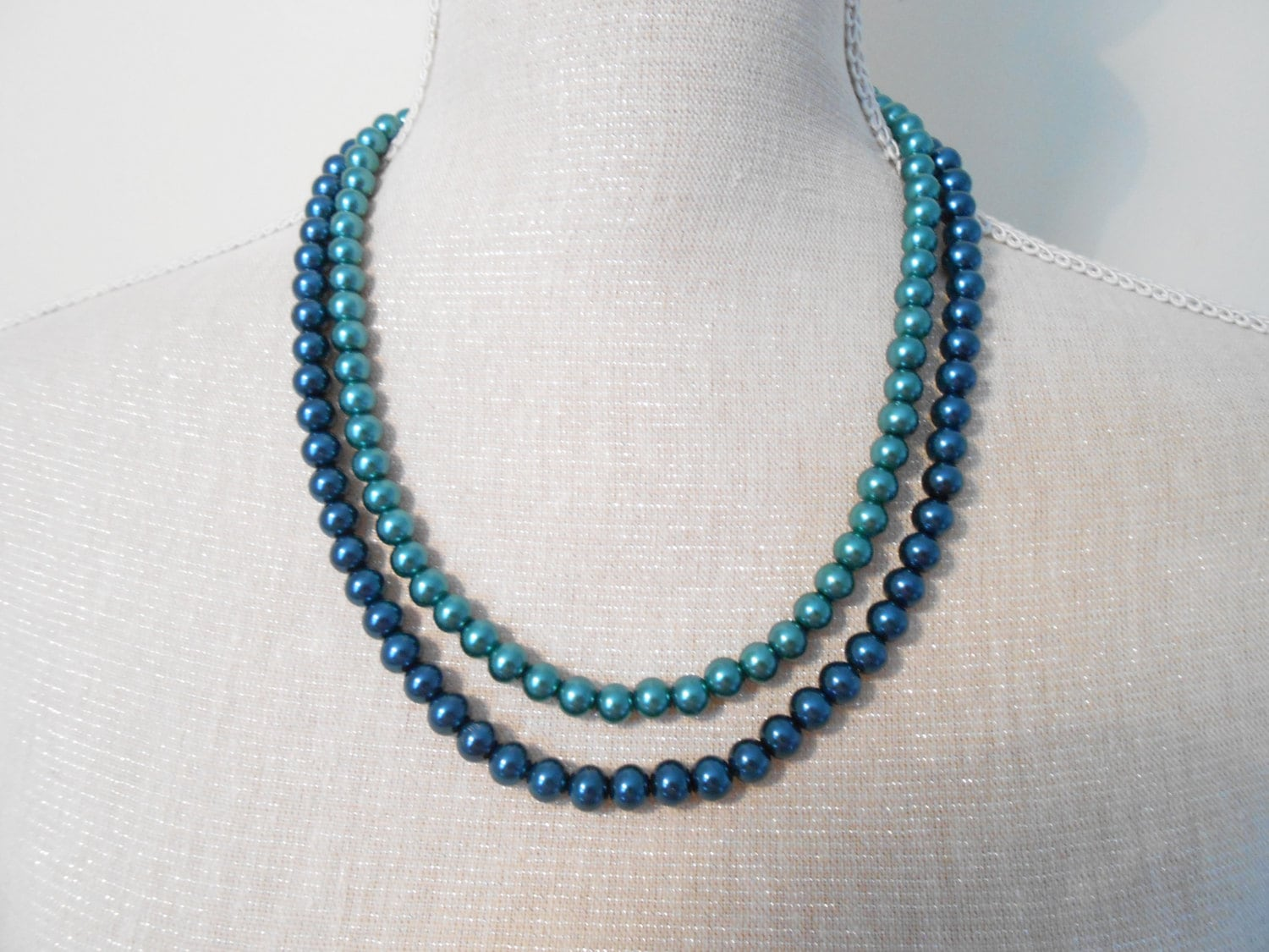 green blue pearl necklace last minute gifts 10 20 30