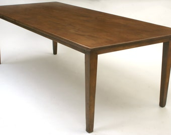 570 Clean and simple farm table with generous legroom