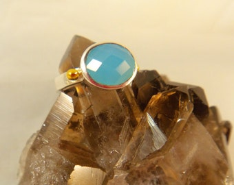 CHALCEDONY RING SIZE 6 Sterling Silver