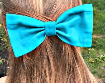 Teal Your Heart Away Hair Bow