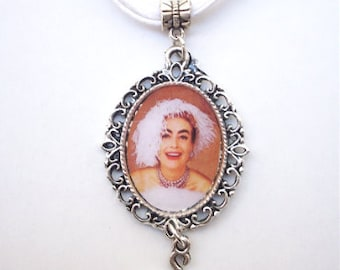 Mommie Dearest JOAN CRAWFORD Wire Hanger Cameo Charm Necklace