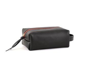 Men's Leather Dopp Kit- Black Leather