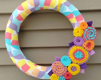 Spring Wreath - Geometric Patterned Fabric - Spring Wreath - Mother's Day Wreath - Felt Wreath -Easter Wreath -Felt Flower Wreath -Yarn Felt