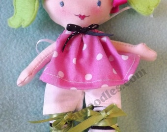 ITH Dollydoodles Doll Pattern, Step by Step In Hoop Instructions. Digitized PES Format,in hoop doll,