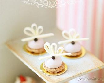 1:12 Dollhouse Miniatures - Lavender Dome Dessert