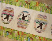 BUNNIES AND BASKETS Selvage Quilt from Quilts by Elena Easter Applique Table Runner Selvages