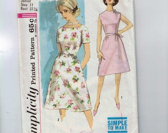 1960s Vintage Sewing Pattern Simplicity 4903 Juniors or Misses Dress Size 9 11 or 12 Bust 30 31 32 60s B32  99