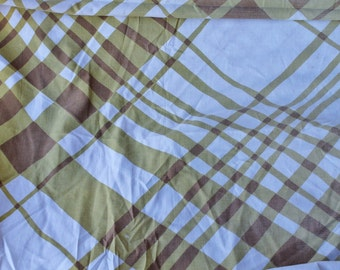 Large Print Taupe Tan and Brown Bias Oversized Plaid Fabric Twin Fitted Sheet