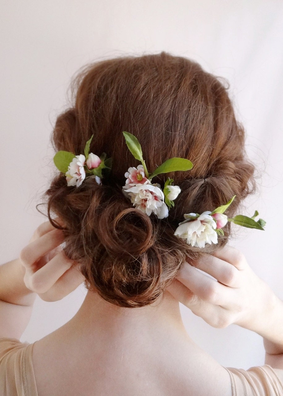 Flowers For Hair Wedding Australia : Bridal hair flower wedding by thehoneycomb