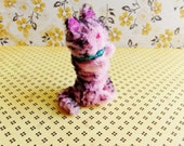 Willa the Kitty cat -Vintage Style Handmade Chenille Dollhouse Figurine, Artisan Miniature Pipe Cleaner Animal Doll, Wire Ornament 42915
