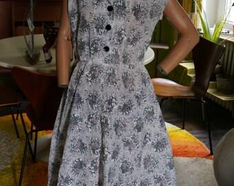 vintage 50s french floral dress au printemps paris flower white grey black pink France mid century 1950