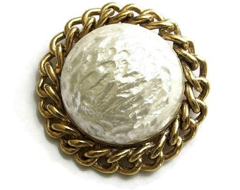 Vintage Sarah Coventry Baroque Goddess Faux Pearl Brooch