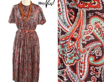 1970s 1980s Paisley Day Dress - Casual Comfort w/ Overlapping Psychedelic Swirls in Jewel Tone Red Green & Yellow - size Large