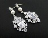 Crystal Wedding earrings, Pearl Bridal earrings, Bridal jewelry, Rhinestone earrings, wedding jewelry, Bridesmaid earrings, Vintage ELLA