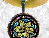 Sale-Glitter Daffodil Pendant