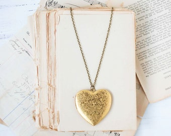 Gold Heart Locket Pendant Vintage Style Valentine LOVE
