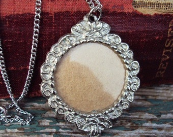 Vintage Photo Frame Pendant Necklace Victorian Frame Unique