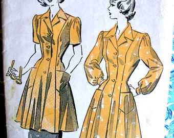 1940s Vintage Smock Apron Dress Pattern  - Advance Sewing pattern 4999 - size Small - Factory Folded