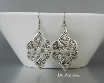 Zen Earrings, Tribal Jewelry, Silver Earrings, Moroccan Jewelry, Tribal Earrings