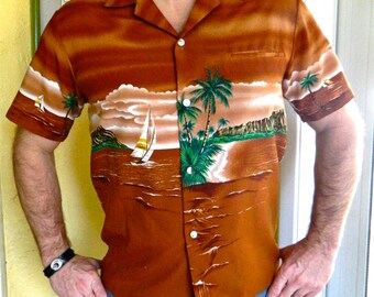 1970s Hawaiian surf and sail vintage shirt - size medium