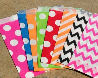 Ready to Ship - ASSORTED Chevron Candy Gift Bags - Party Favor Treat Bags - Set of 20 Sacks - Polka Dots and Chevron Bag Patterns