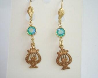 Turquoise Crystal  Stone Dangle Music   Earrings Gold Tone