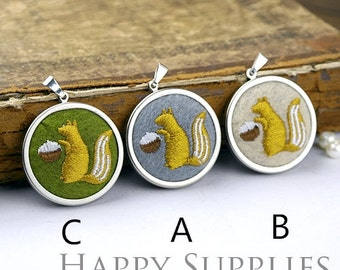 Last - 4/6pcs High Quality Embroidery Squirrel Charm / Pendant (DY16)--Clearance Sale