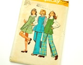 Childs Size 14 Groovy Jumper or Tunic and Pants 70s Vintage Simplicity Pattern 5823 / chest 32 waist 27 / Complete