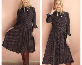 L'aiglon Dress / 1950's Printed Shirt Dress / Cobalt Blue Peekaboo Frilly Sleeves / Bow Dress