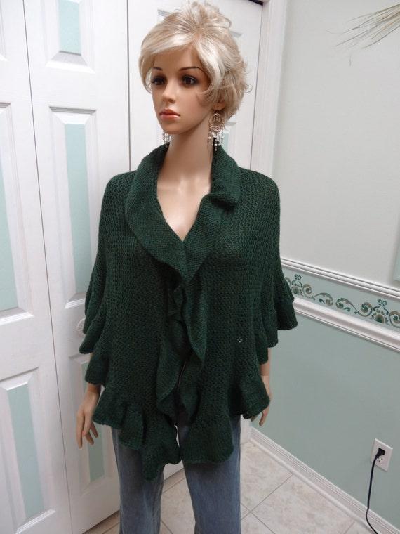 Knitting Pattern For Kate Middleton s Shawl : PRINCESS KATE MIDDLETON style shawl Dark Green heather wool