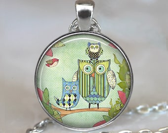 Calico Owl Family pendant, owl necklace, owl jewelry, owl jewellery, owl mom pendant, owl mom necklace family owls