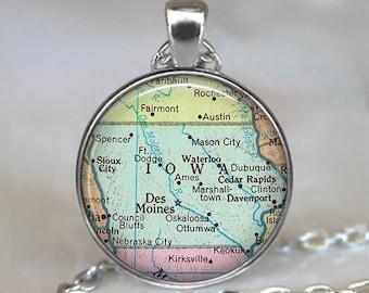 Iowa map pendant , Iowa map jewelry, Iowa pendant, state map pendant vintage map jewelry Iowa keychain key fob