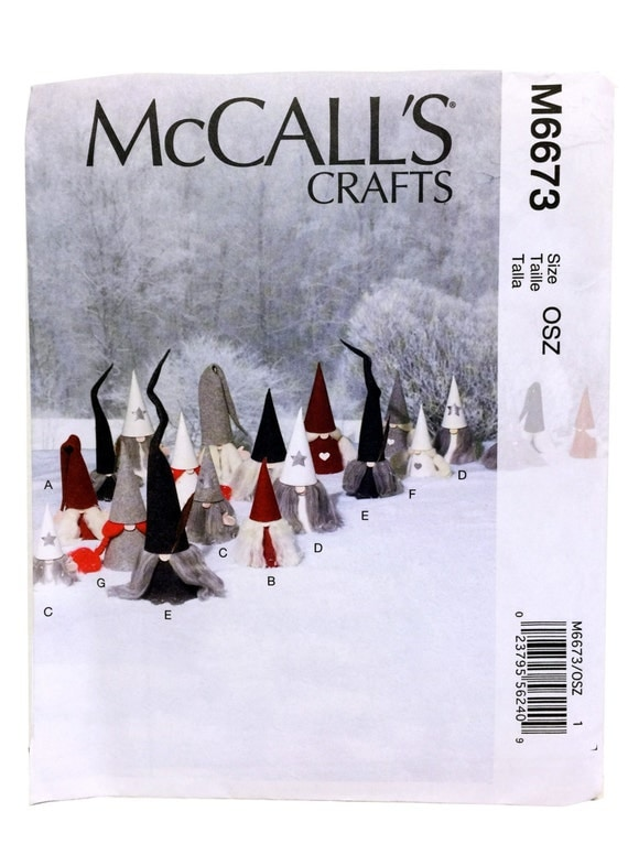 McCall's Crafts 6673, Sewing Pattern, Christmas Decorations, Felt Gnomes, Christmas Gnomes, DIY Gnomes, Gnome Pattern, DIY Holiday Decor