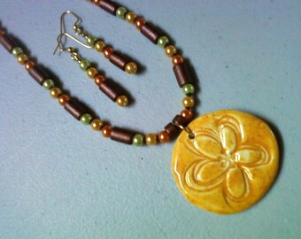 Yellow Flower Necklace and Earrings (0807)