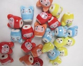 HAMSTER, Mouse, Cat BEADS PORCELAIN -  lot of 25 - size 17mm