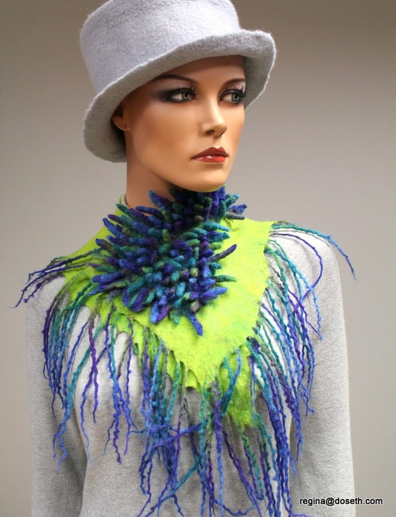 Felted wool scarf Collar Haribo