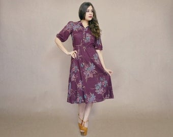 Floral Midi Dress 70s Sundress PLUM Purple Shirtdress Puff Sleeves Button Up Flared Skirt 1970s Hippie Boho / Size S Small