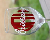 Monogrammed Wine Glass - Bridal Party Gift - Personalized Wine Glass - Chevron - Cirlce Monogram