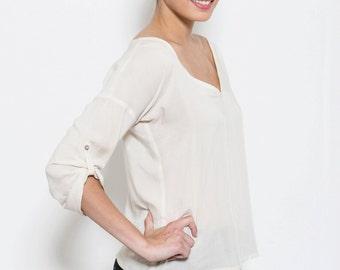 White shirt, v neck top, Cream Shirt, Oversized white Shirt, Elegant top, V neck blouse, 3/4 sleeves, loose fit shirt,