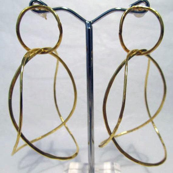 Curled Links Earrings