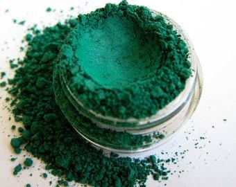 DRAGON Green Mineral Pigment Eyeshadow Vegan Emerald Makeup