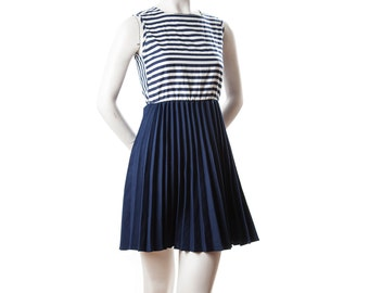 1950s 60s vintage sleeveless sailor dress -- navy blue and white striped dress with pleats -- size small / xs