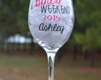 Personalized Bachelorette Wedding Wine Glass/Girls Night Out/Personalized Bachelorette Wine Glass Gift