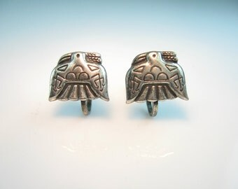 Vintage Peyote Bird Earrings. Sterling Silver. Native American Jewelry. Small Embossed Screw Backs.  1960s Plains Indian Style Jewelry.