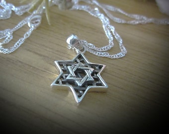 Judaic - 925 Sterling MAGGEN DAVID Over a Filigreed Star Shape - Reversible Pendant and Chain - Both 925 Sterling Silver