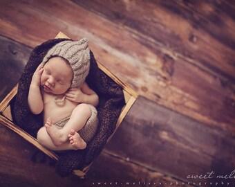 ECO Cabled Pixie - cofe au lait - ORGANIC newborn hat