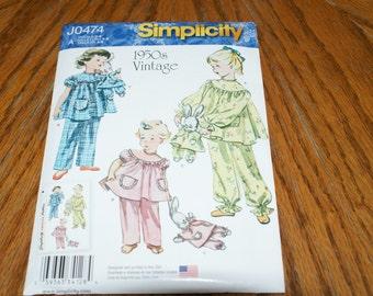 New Simplicity Girls sleepwear J0474  Size A 3 - 8