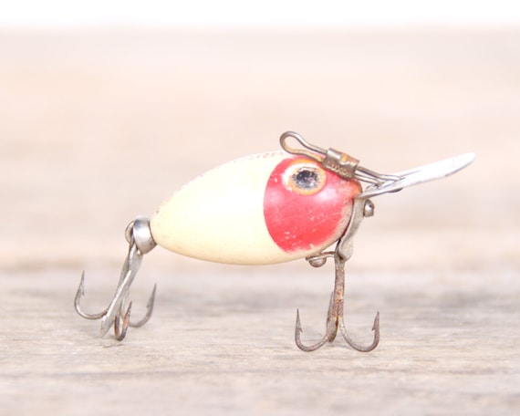 Fishing lure arbo gaster lure fishing decor vintage for Fishing lure decor